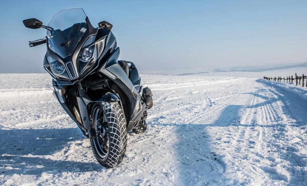Équiper votre moto pour affronter l'hiver