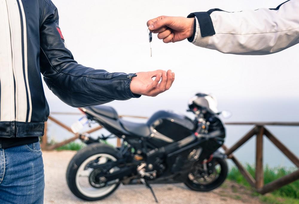 Vendre sa moto : les démarches